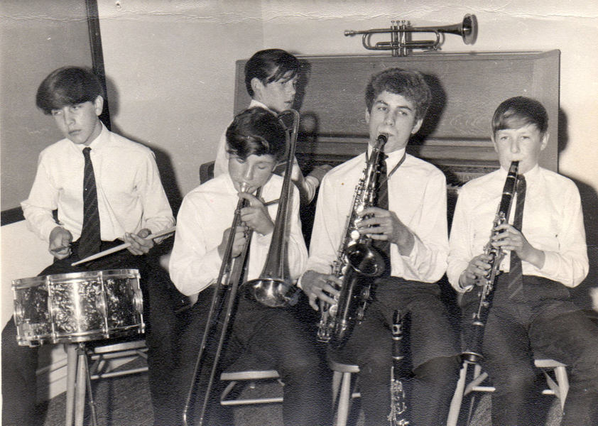 Richard 14 with the Yeti Stompers Bushey Grammar sch. 1965
